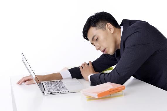 睡眠不足が勃たない & 中折れの大きな原因