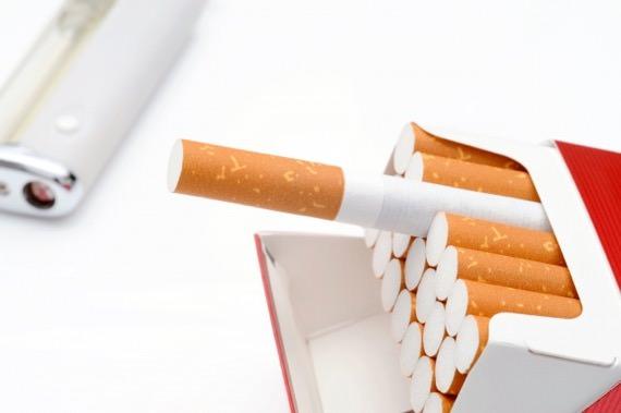 タバコを吸いたいなら付き合い方は大切